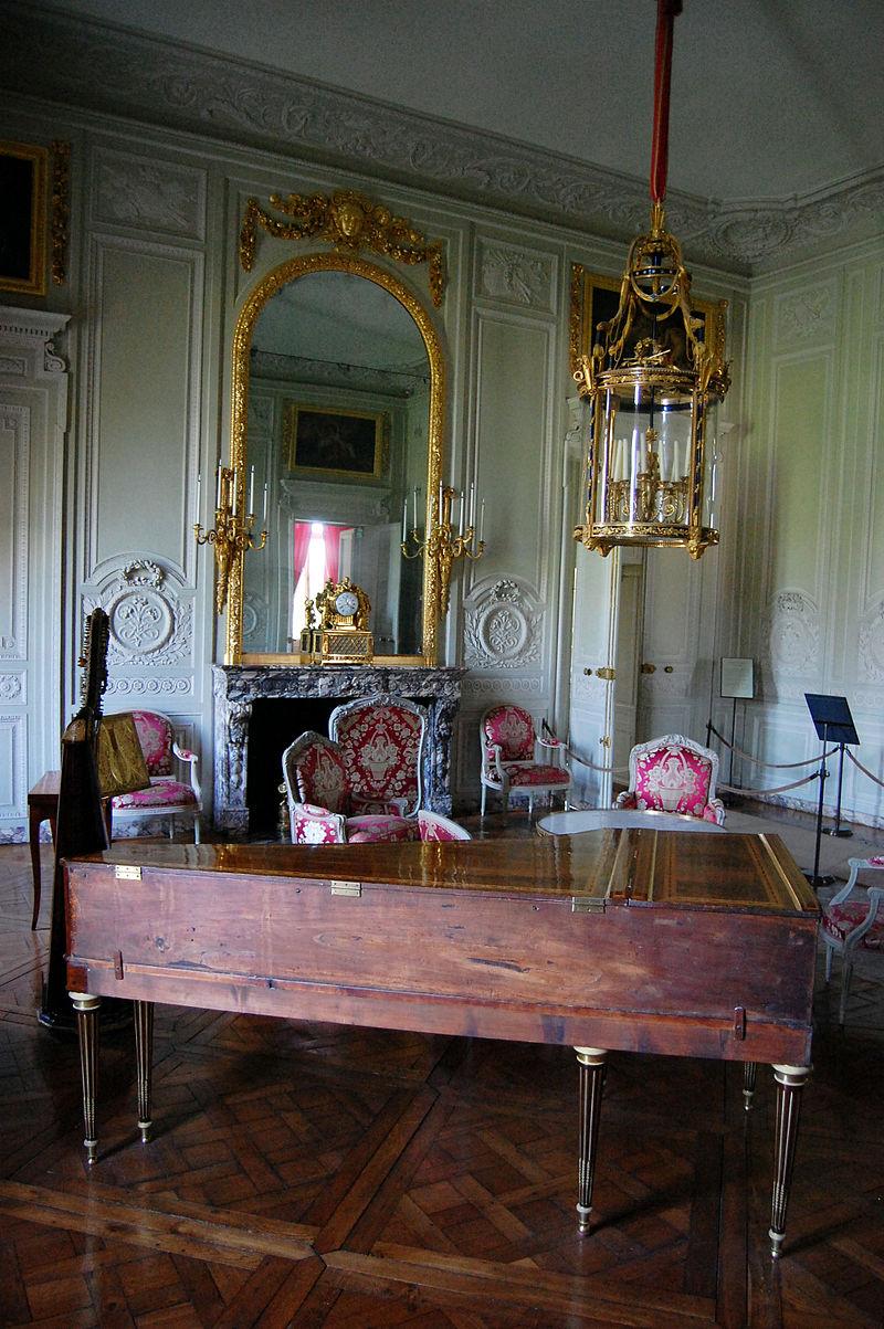 Marie antoinette 39 s fondness for music meghan masterson for Salon de marie